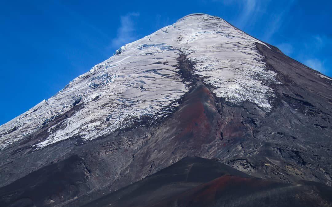 Paisajes y glaciares en el volcán Osorno